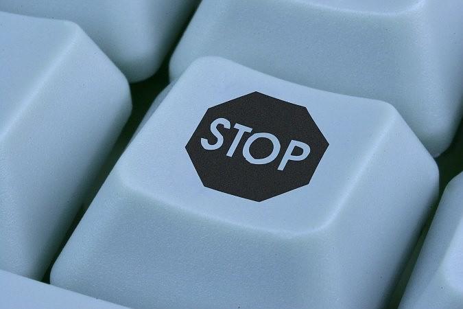 Один из самых известных и скандальных молдавских сайтов закроется.