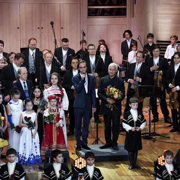 Фестиваль «Москва встречает друзей»