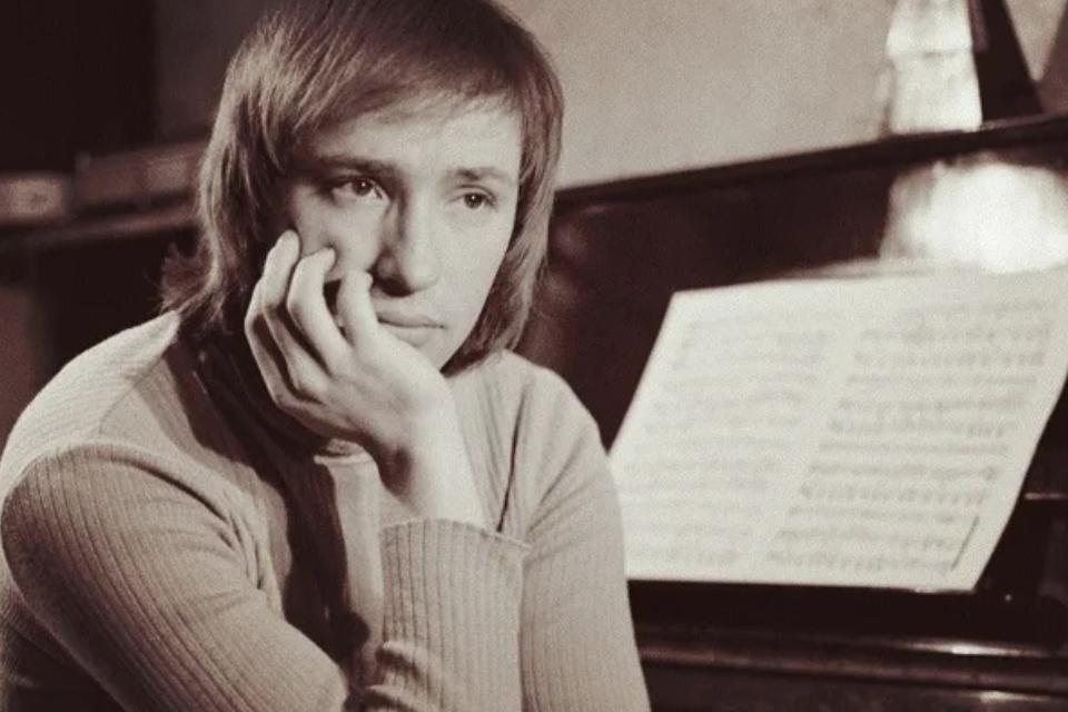 «Говорил глазами»: умирающий Владимир Мигуля был прикован к кровати, но продолжал сочинять музыку
