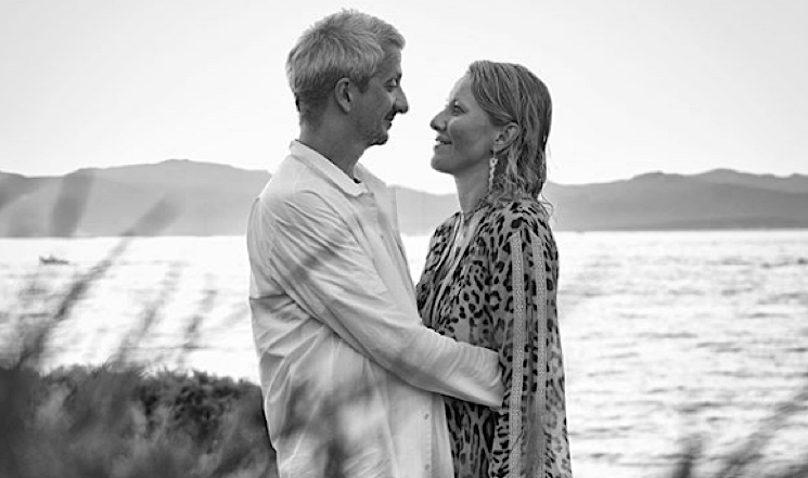 «Навсегда»: Константин Богомолов и Ксения Собчак трогательно поздравили друг друга с годовщиной свадьбы