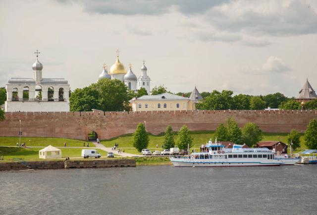 Почему это Великий Новгород — Господин?