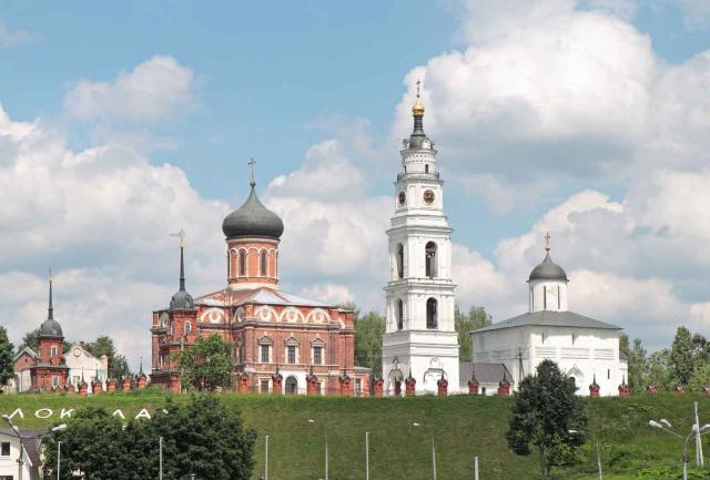 Путешествие в Волоколамск и окрестности: Город с высоты колокольни и конный вояж к Пушкину